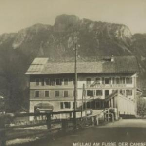Mellau am Fusse der Canisfluh i. Vorarlberg / Aufnahme von Hugo Mauch von Mauch, Hugo