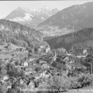 Feldkirch / Vorarlberg gegen Gurtisspitze von Risch-Lau