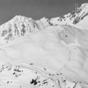 St.Anton am Arlberg 1304 m, Schindlerbahn, Tirol - Austria von Risch-Lau