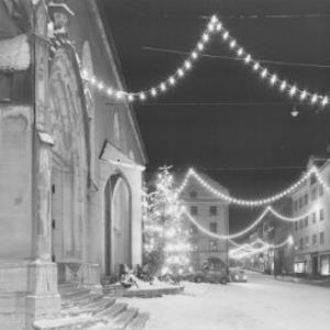 Frohe Weihnachten und ein gutes neues Jahr von Risch-Lau
