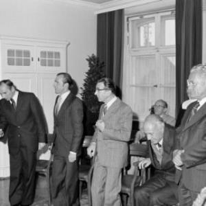 Schulrat - Dekrete an 12 Personen, Landeshauptmann / Helmut Klapper von Klapper, Helmut