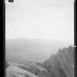 Blick von der Valluga zum Kaltenberg und in den Rhätikon von Risch-Lau