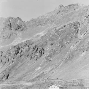 Bieler Höhe / Alpengasthof Piz Buin gegen Schattenkopf von Risch-Lau
