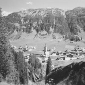 Lech am Arlberg gegen Schwarzwand von Risch-Lau