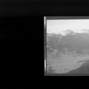 Blick auf Schoppernau mit Falzer Kopf und Grünhorn von Risch-Lau