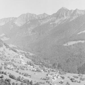 Laterns mit Blick zum Walserkamm von Risch-Lau