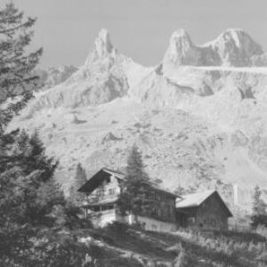 Lindauer Hütte 1764 m mit Drei Türme 2828 m Montafon / Vorarlberg von Risch-Lau