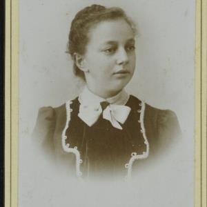 Bildnis einer unbekannten Frau von Mayer, Peter