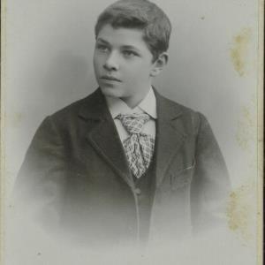Bildnis eines Jungen der Familie Deuring-Sinz von Högler, Wilhelm