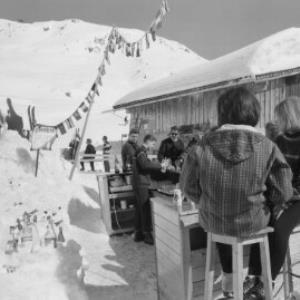St.Christoph am Arlberg / Eisbar des Hotel Bellevue von Risch-Lau