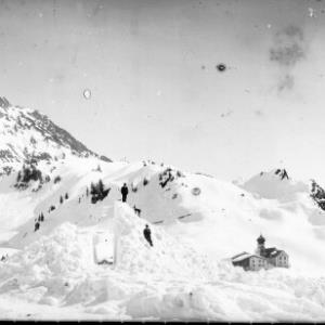 Winteraufnahme von der Ortschaft Stuben am Arlberg / Josef Wilhelm Purtscher von Purtscher, Josef Wilhelm