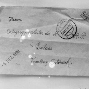 Aufnahme eines Briefumschlages, adressiert an den Ortsgruppenleiter der NSDAP Dalaas/Vorarlberg/Ostmark / Josef Wilhelm Purtscher von Purtscher, Josef Wilhelm