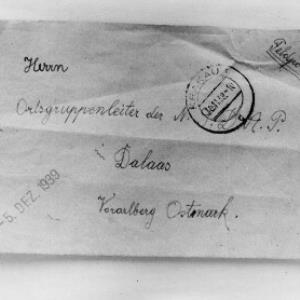 Aufnahme eines Briefumschlages, adressiert an den Ortsgruppenleiter der NSDAP Dalaas/Vorarlberg/Ostmark 2 / Josef Wilhelm Purtscher von Purtscher, Josef Wilhelm