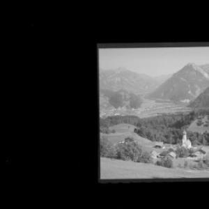 Bürserberg mit Blick auf Bludenz und Klostertal von Risch-Lau