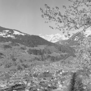 Blick von Schruns auf Tschagguns mit Drei-Türme und Drusenfluh von Risch-Lau