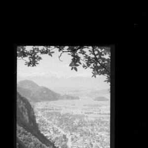 Hohenems gegen Schweizer Berge von Risch-Lau