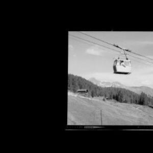 Kristbergseilbahn mit Silbertaler Lobspitze und Valschavieler Maderer 2769 m, Montafon Vorarlberg von Risch-Lau