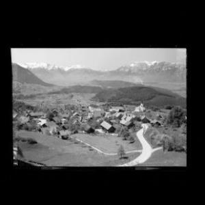 Übersaxen mit Blick auf die Schweizer Berge Vorarlberg von Risch-Lau