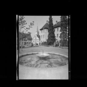 Hohenems Nibelungenbrunnen Vorarlberg von Risch-Lau