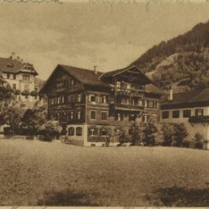 Schruns im Montafon von Hartmann, Emil