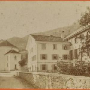 Gasthaus zur Taube in Schruns / Aufnahme von Würthle ; Spinnhirn von Würthle, ...