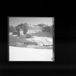 Skilift bei Übersaxen mit Gröllerkopf von Risch-Lau