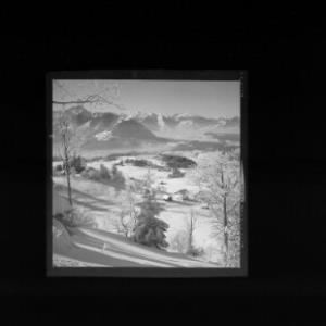 Blick vom Gröllerkopf bei Übersaxen zu den Drei-Schwestern und Balfrieser Bergen von Risch-Lau