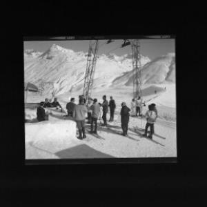Skilift und Eisbar auf der Bieler Höhe gegen Bieltal und Bieltaler Berge von Risch-Lau