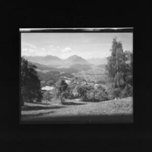 Gasthof Schöne Aussicht in Viktorsberg gegen westlichen Rhätikon und Balfrieser Berge von Risch-Lau