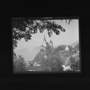 Liebfrauenkirche in Rankweil gegen Alpsteingruppe von Risch-Lau