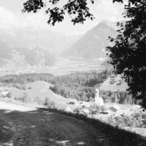 Bürserberg gegen Bludenz und Arlberg von Risch-Lau