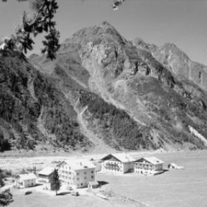 Mandarfen gegen Brandkogel 2677 m, Pitztal / Tirol von Risch-Lau