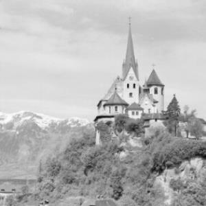Rankweil / Liebfrauenkirche gegen Hohen Kasten / Vorarlberg von Risch-Lau