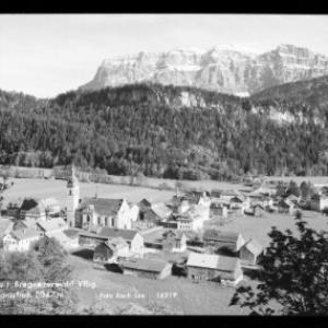 Bezau im Bregenzerwald Vorarlberg mit Kanisfluh von Risch-Lau