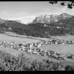 Bezau im Bregenzerwald, Vorarlberg, mit Kanisfluh 2047 m von Risch-Lau