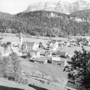 Bezau im Bregenzerwald / Vorarlberg / mit Kanisfluh 2047 m von Risch-Lau
