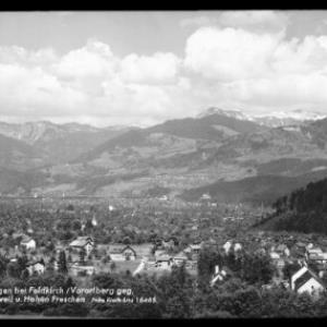 Gisingen bei Feldkirch / Vorarlberg gegen Rankweil und Hohen Freschen von Risch-Lau