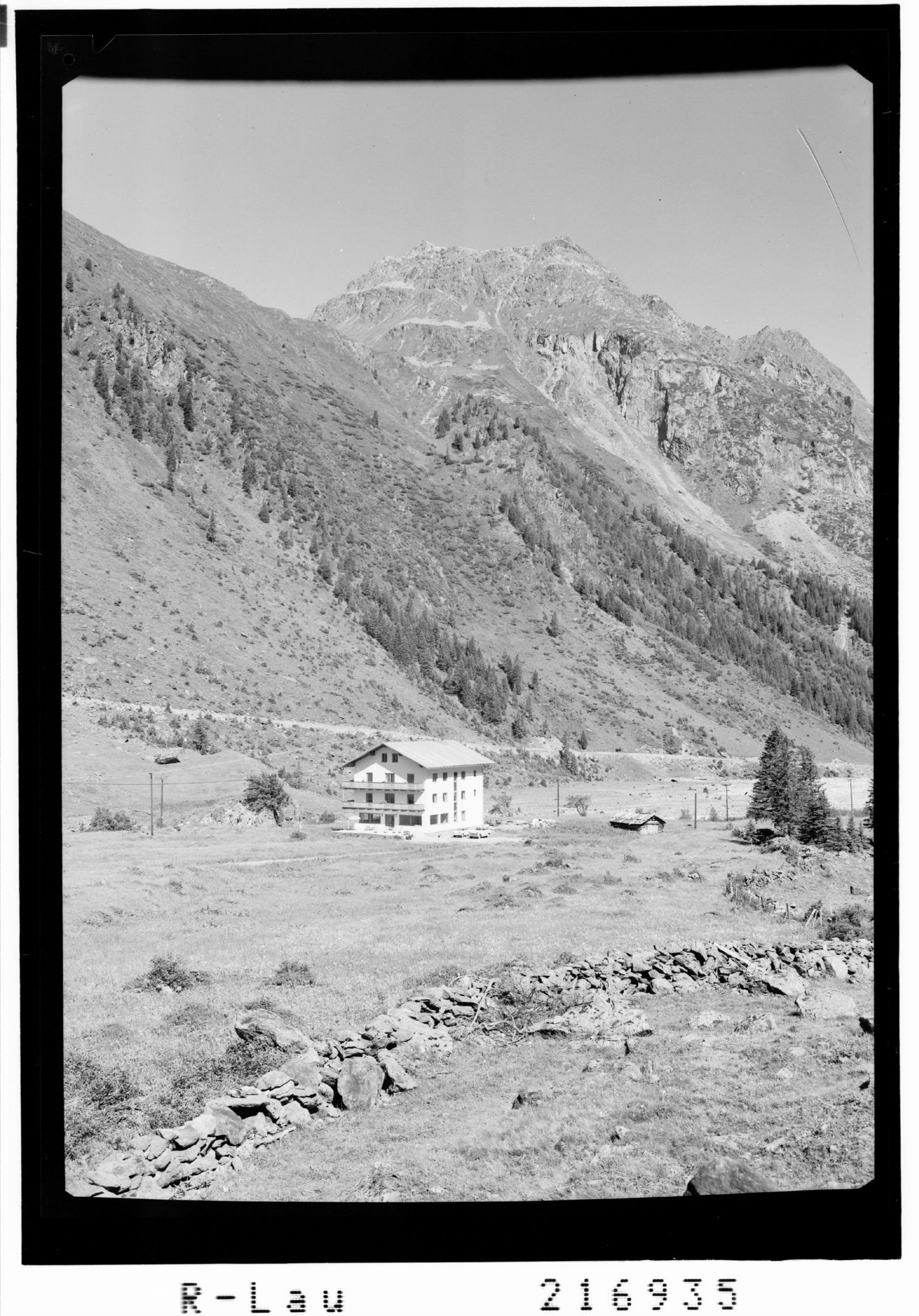 Mittelberg 1740 m, Gasthaus Gletscherblick gegen Brandkogel 2677 m und Steinkogel 2635 m, Pitztal / Tirol von Risch-Lau