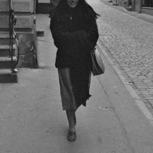 Fußgängerin in der Kirchstraße / Rudolf Zündel von Zündel, Rudolf