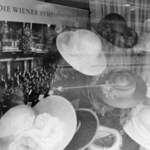 Bregenzer Schaufenster zur Festspielzeit / Rudolf Zündel von Zündel, Rudolf