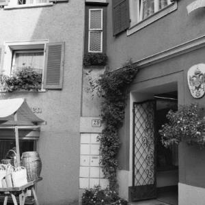 """Bregenz, Kirchstraße 29, """"das schmalste Haus Europas"""" / Rudolf Zündel von Zündel, Rudolf"""