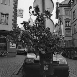 Bregenz, Abfalleimer in der Kirchstraße / Rudolf Zündel von Zündel, Rudolf