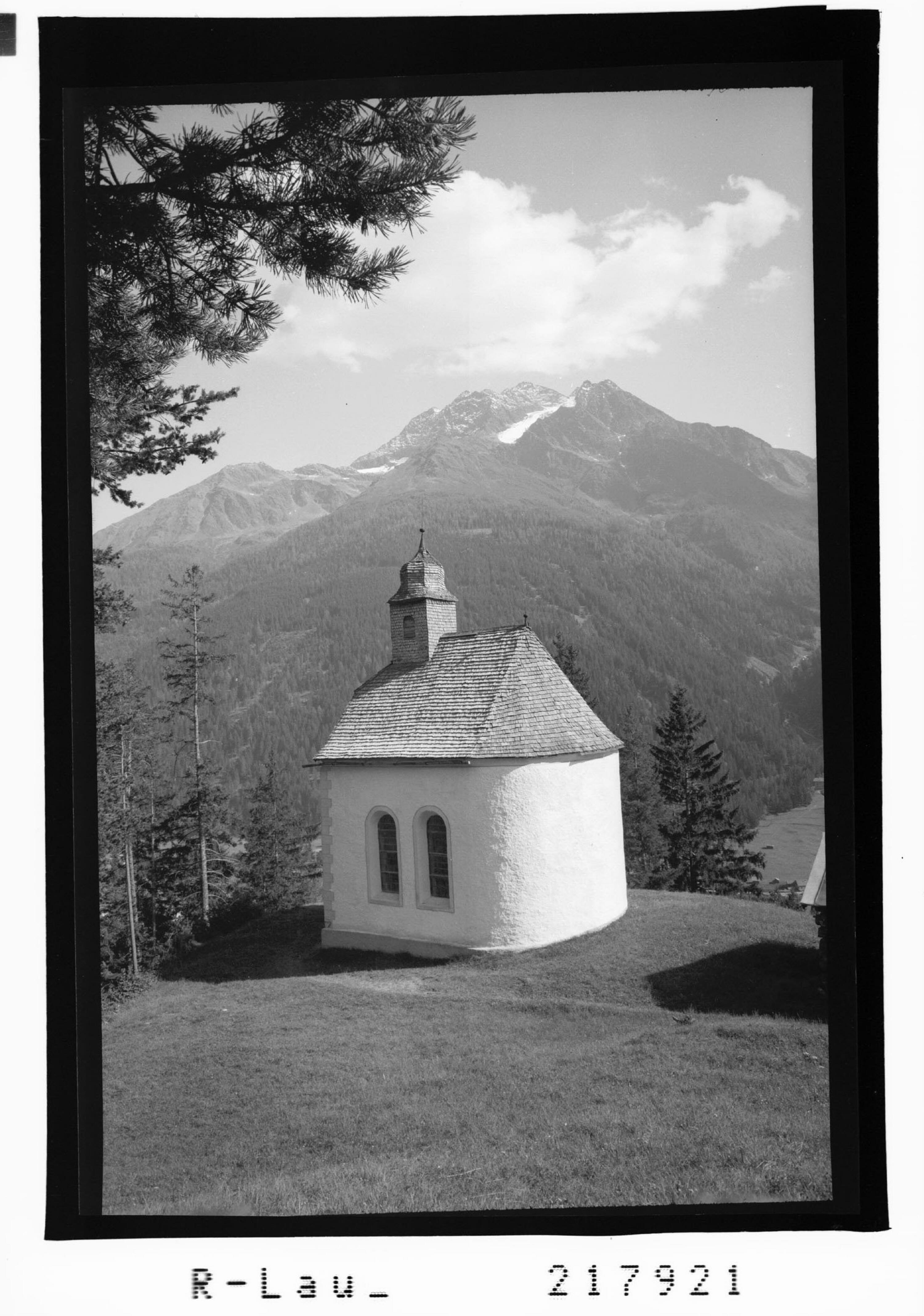 Kalvarienkapelle ob Pettneu im Stanzertal mit Blick zum Hohen Riffler / Tirol von Risch-Lau