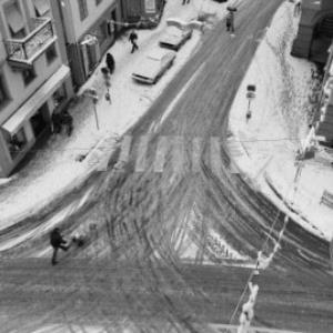 Kreuzung Römerstraße, Kirchstraße und Leutbühel von oben / Rudolf Zündel von Zündel, Rudolf