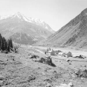 Mandarfen im Pitztal gegen Mittagskogel 3162 m / Tirol von Risch-Lau
