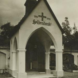 Kriegerdenkmal in Kennelbach / Heim von Heim, ...