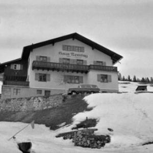 Haus Nenning in Lech / Oskar Spang von Spang, Oskar