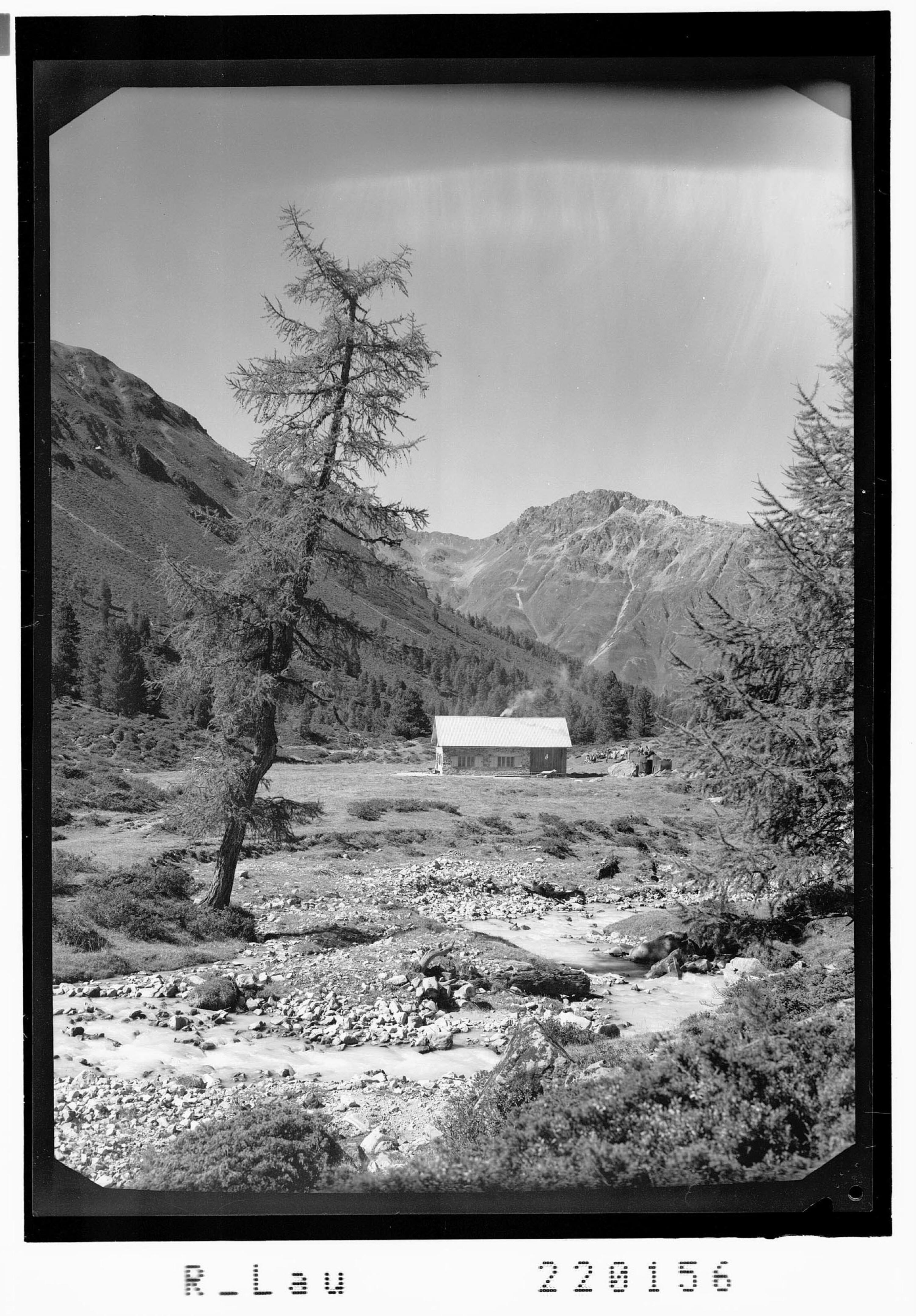 Verpeilhütte 2000 m von Risch-Lau
