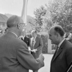 Bundeskanzler Josef Klaus auf Besuch in Vorarlberg, Firma Elko in Rankweil / Oskar Spang von Spang, Oskar