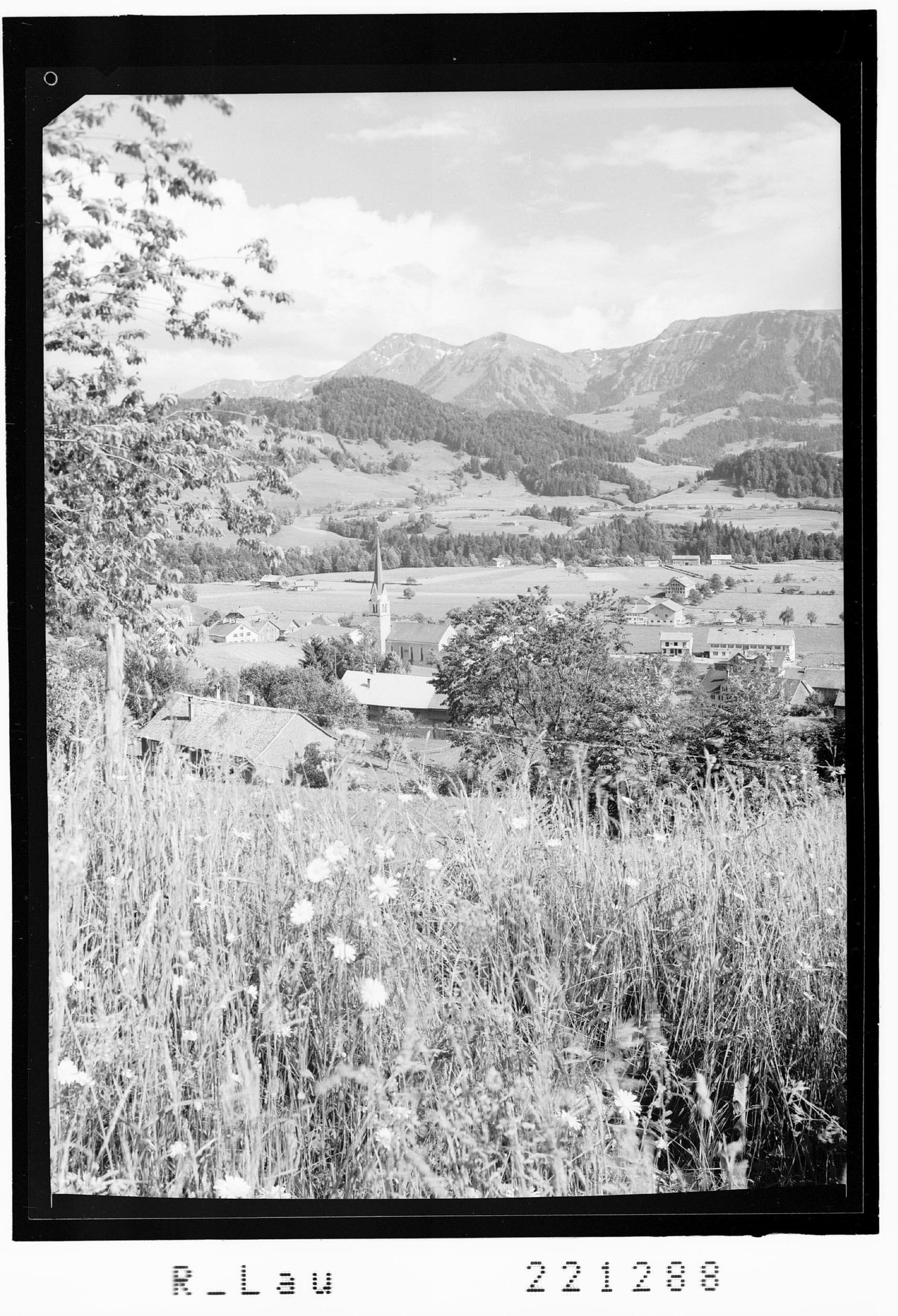 Lingenau im Bregenzerwald gegen Winterstaude von Risch-Lau